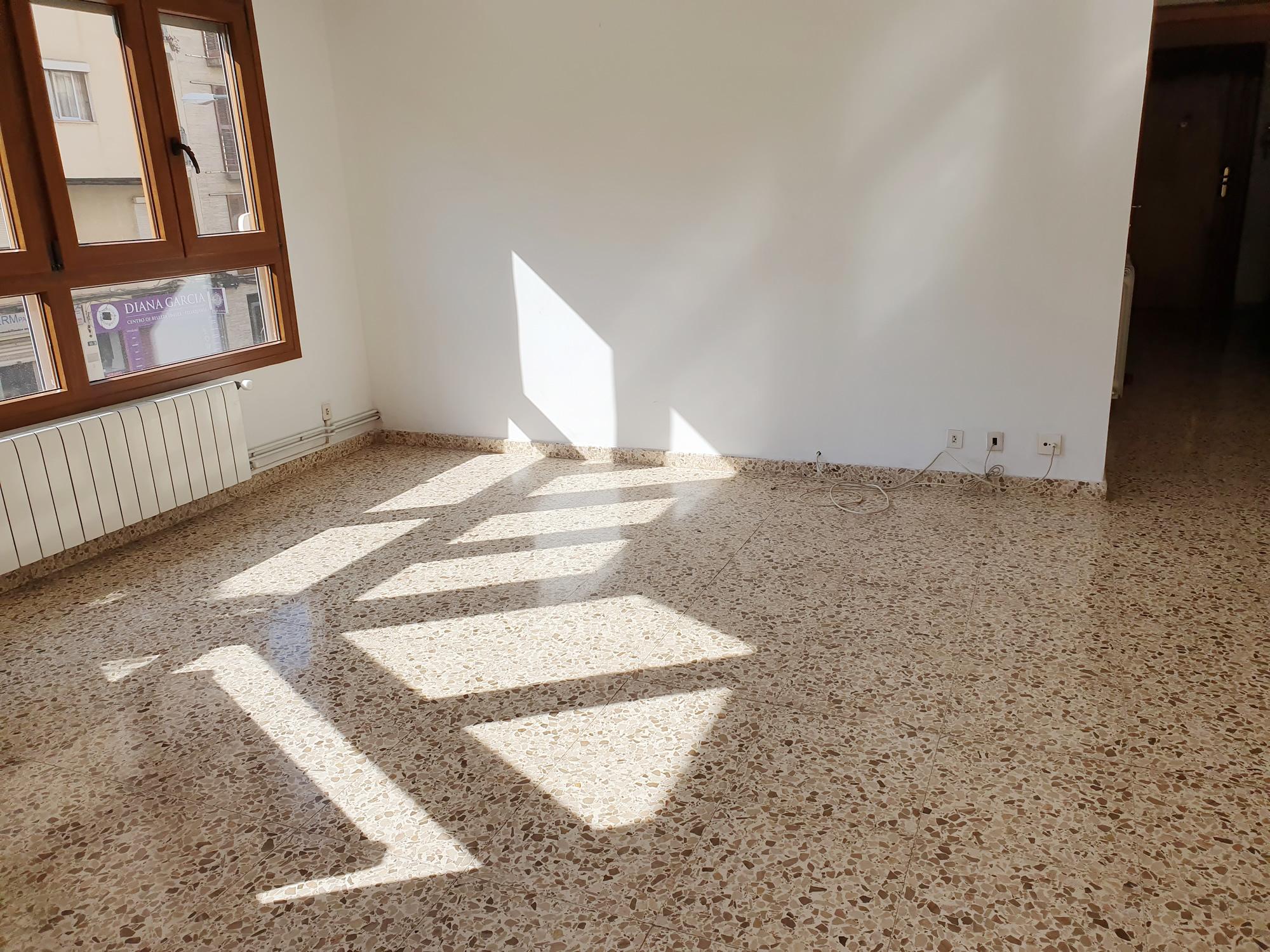 antes-Libertad-salon2